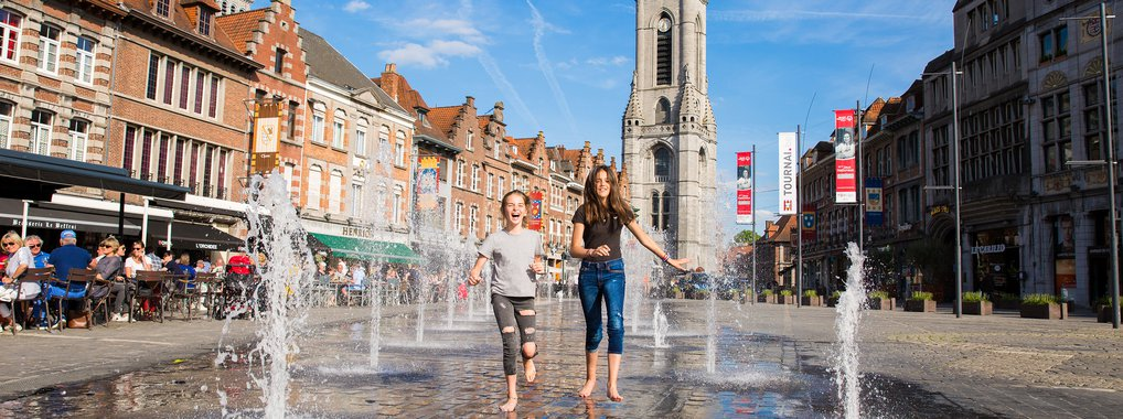 Enfants Grand-place Tournai